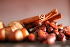 Gebrannte Nüsse mit Zimt und Vanille ©Michael Stricker